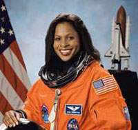 black female astronaut who died - photo #5