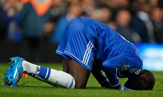 Top Chelsea footballer donates money to build mosque in ...