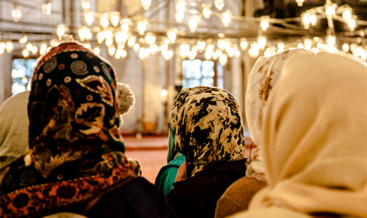 Muslim Women Worship In Mosques